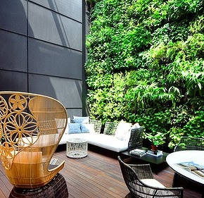 Green walls: price of perfection?