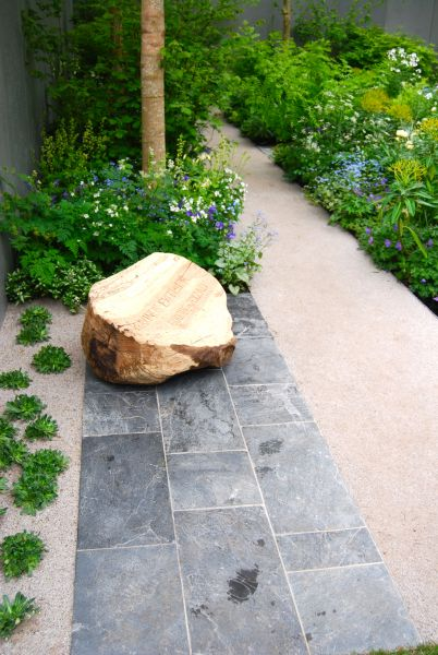 chelsea path thompson gravel stone