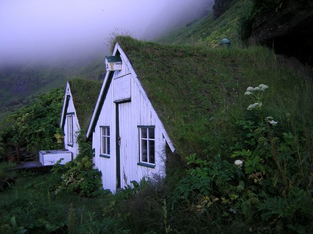 cabin sod roof houses in Iceland