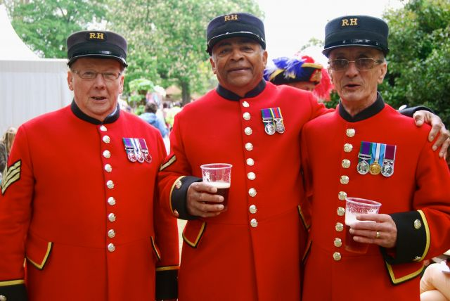 chelsea show pensioners